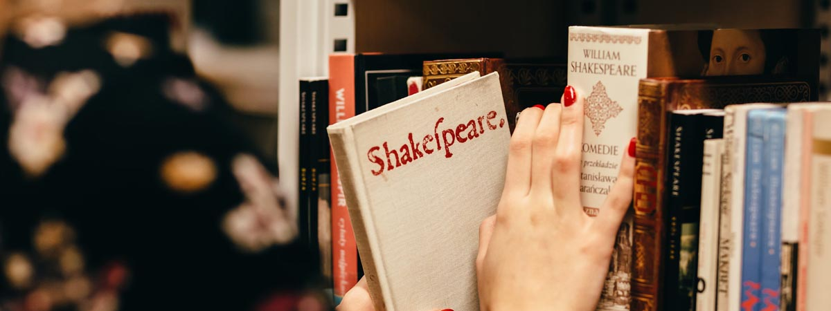 What is a Shakespeare Chalk Talk
